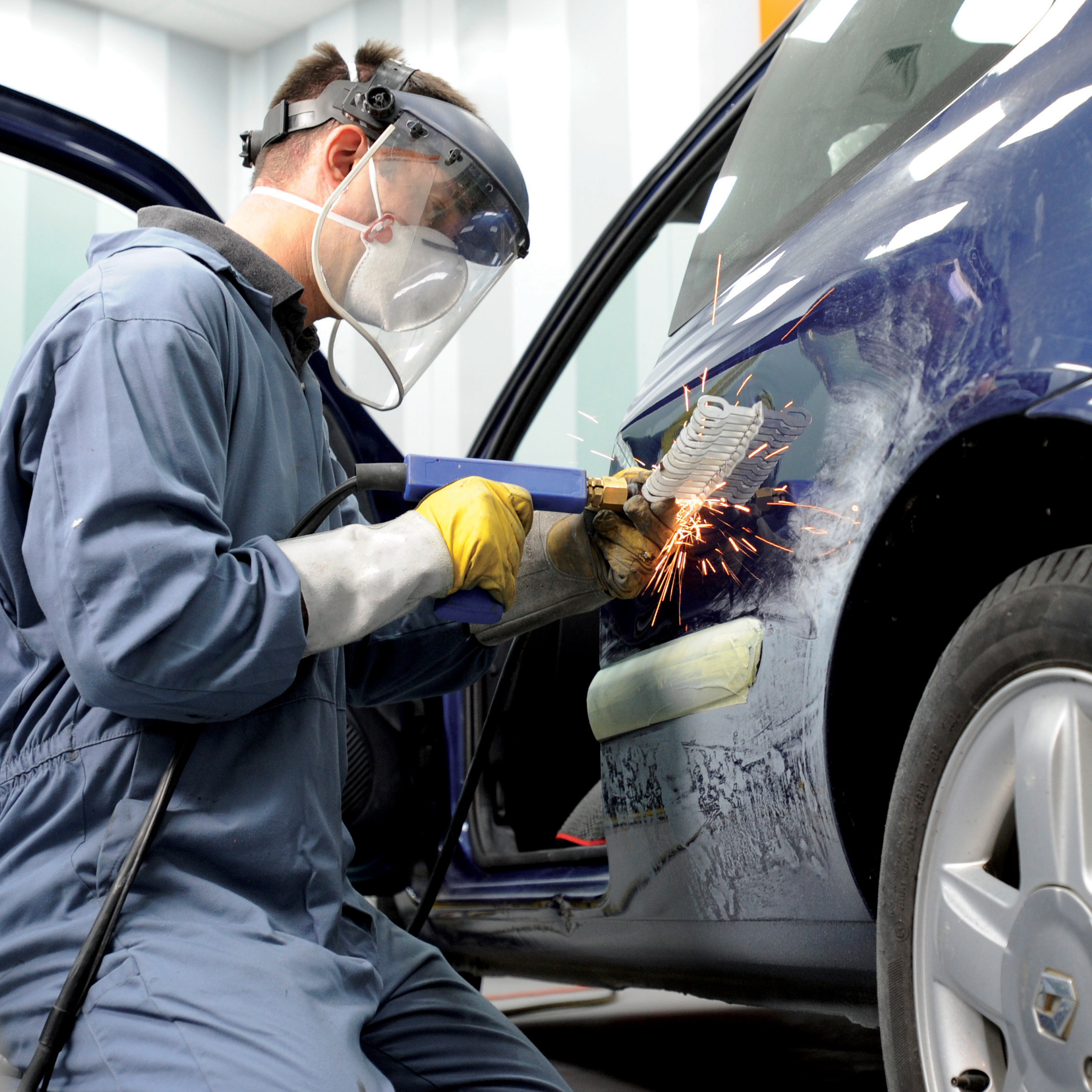 car_paint_repair_in_bayswater